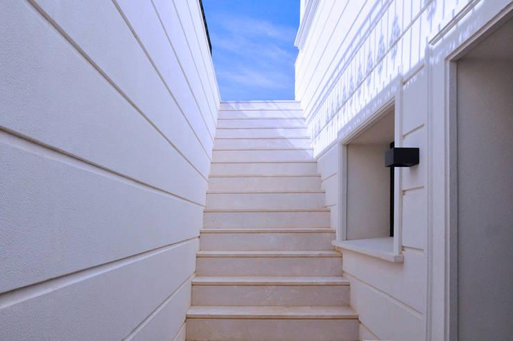 Projekty,   zaprojektowane przez J.ALGUACIL PIEDRA ARTIFICIAL, Śródziemnomorski