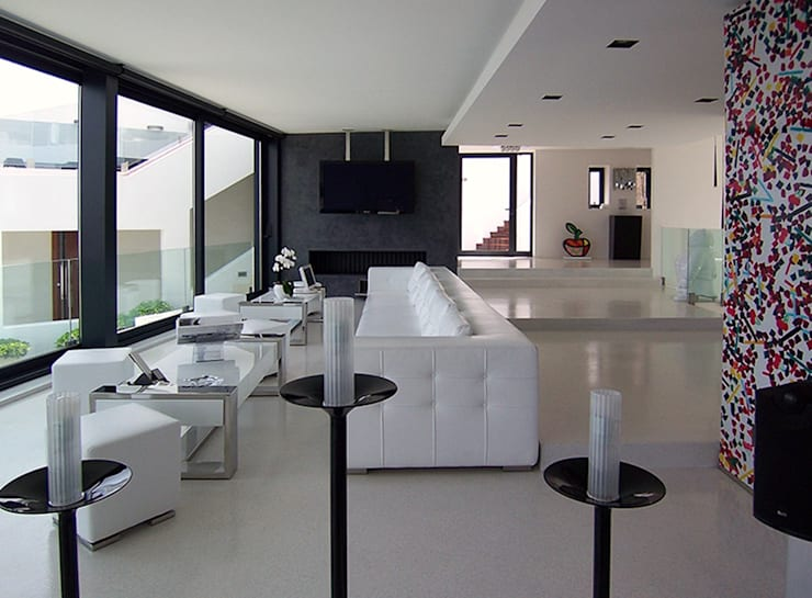 Salas de estilo  por Ivan Torres Architects
