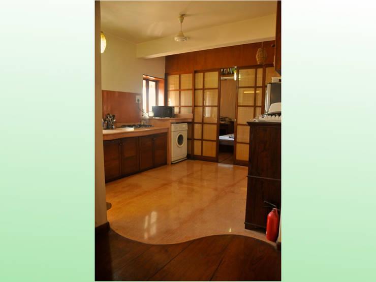 Residence at Bandra: asian Living room by Design Kkarma (India)