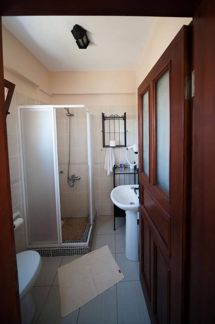 ARAL TATİLÇİFTLİĞİ – 5 Houses:  tarz Banyo
