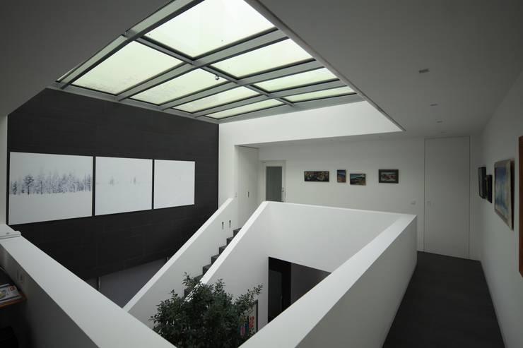Anwesen in Freising:  Flur & Diele von Herzog-Architektur