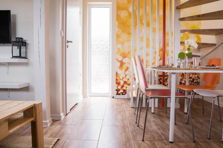 Hôtels de style  par Ewa Weber - Pracownia Projektowa, Scandinave