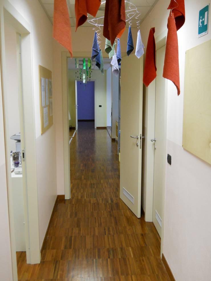 Corridoio di Studio L'AB Landcsape Architecture & Building Moderno