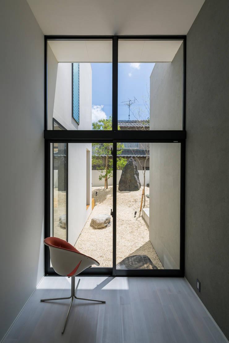 SUNOMATA: 武藤圭太郎建築設計事務所が手掛けた庭です。