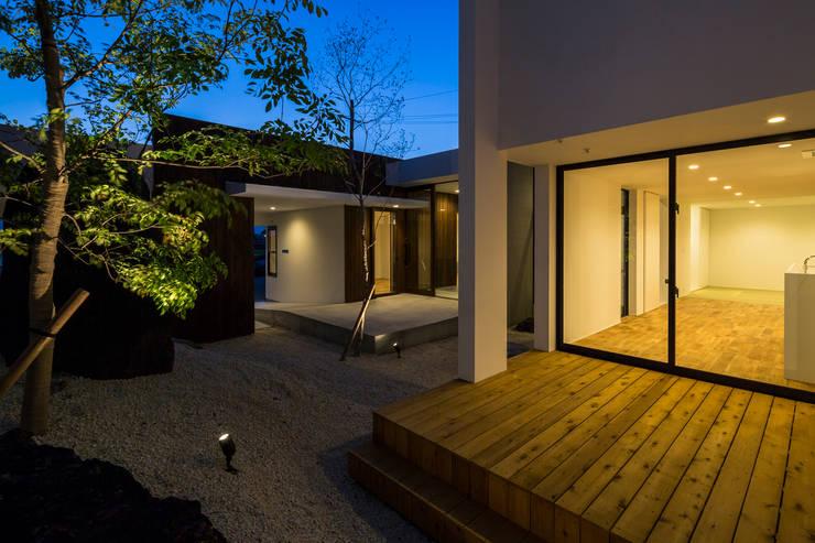SUNOMATA: 武藤圭太郎建築設計事務所が手掛けたテラス・ベランダです。
