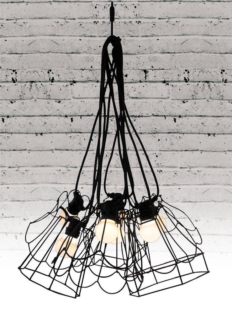 Paralumi: Maison de style  par Charlotte Juillard Design