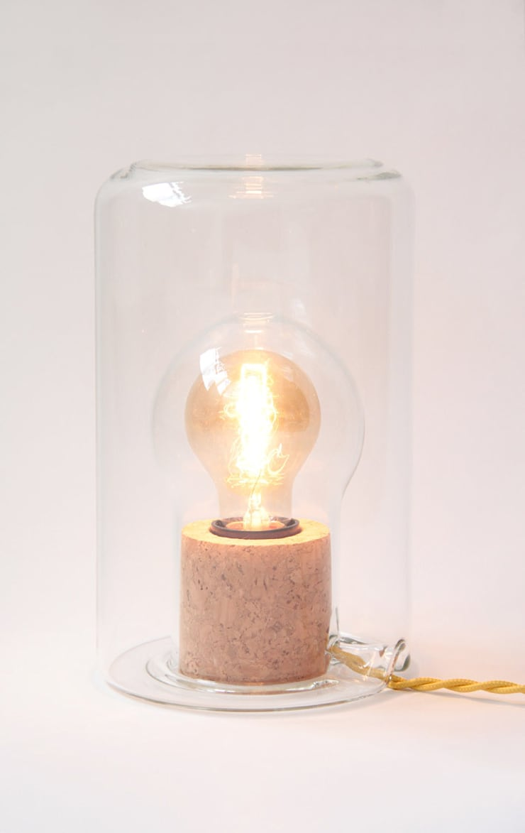 Lampe Sous Cloche: Maison de style  par Charlotte Juillard Design