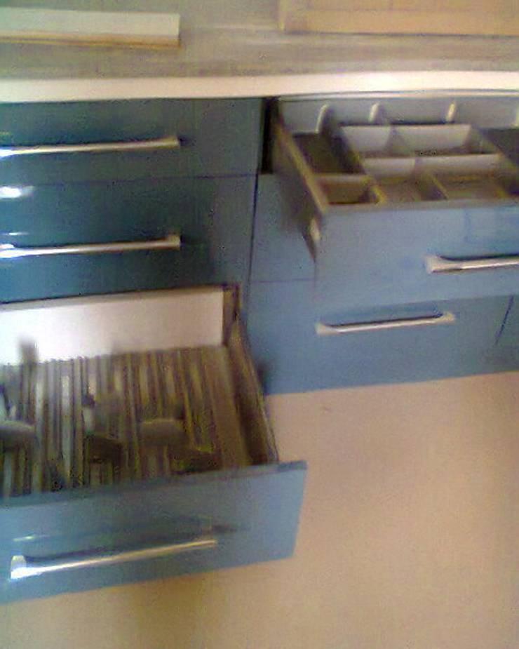 Modular Kitchens at 8 Streaks Interiors:  Kitchen by Eight Streaks Interiors