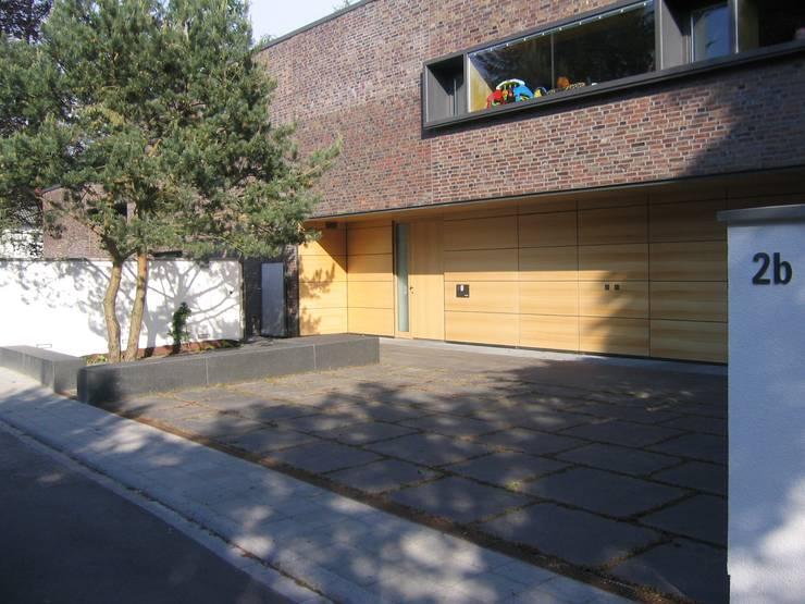 Eingangsbereich:  Garten von Katrin Lesser,