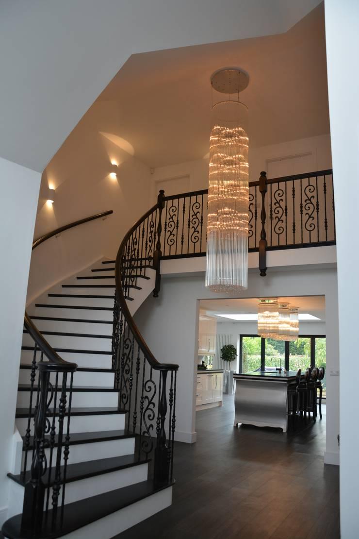 Grandeur :  Corridor & hallway by Sovereign Stairs