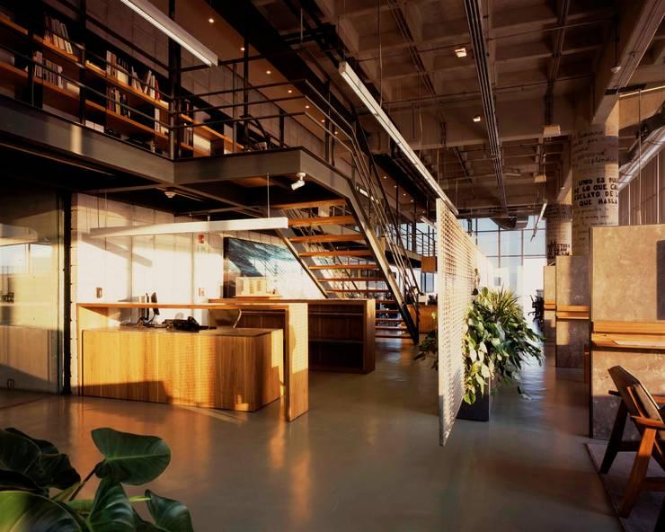 Oficinas Central de Arquitectura de Central de Arquitectura