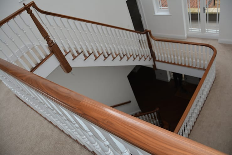 Hardwood:  Corridor & hallway by Sovereign Stairs