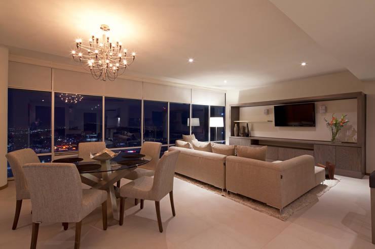 livingroom: Salas de estilo  por NZA