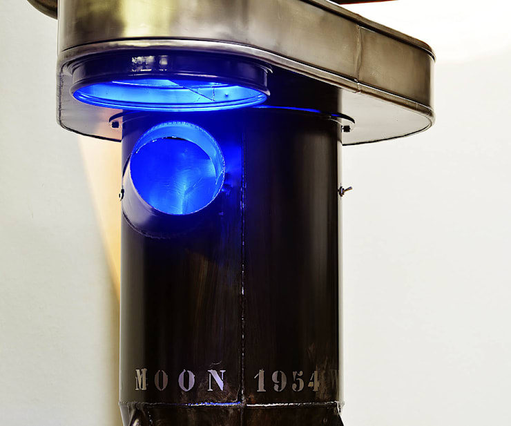 we walked on the moon 1954: Salon de style  par A.O.I. Design