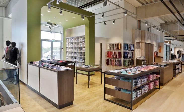Ley's Megastore:  Office spaces & stores  by Schmitt Ladenbau GmbH