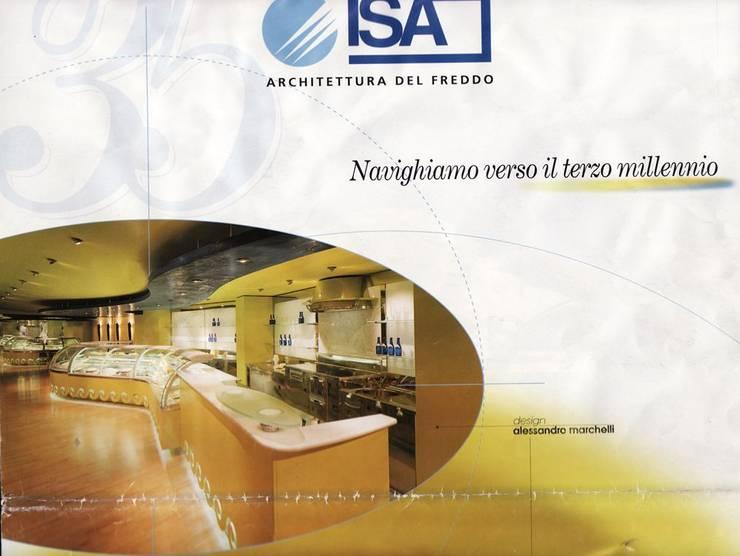 SFERA – Avantgarde Collection – ISA spa: Negozi & Locali Commerciali in stile  di alessandromarchelli+designers AM+D studio,