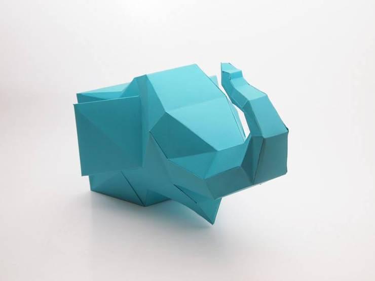 Cardboard animals: Escritório e loja  por Maria Bruno Neo | Product Designer