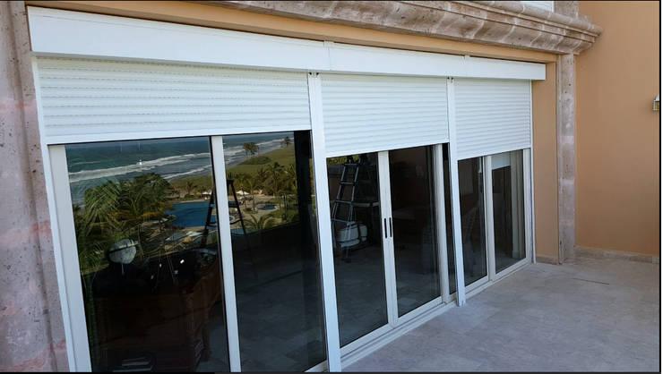 Projekty,  Okna i drzwi zaprojektowane przez Arquiindeco