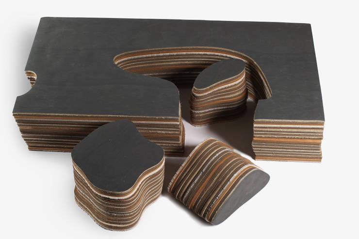 LACHEA: Ingresso, Corridoio & Scale in stile in stile Eclettico di Adele-C