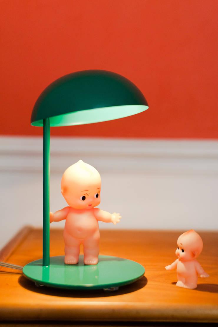 Pokko light | Maison Bensimon | A+A Cooren: Chambre d'enfants de style  par A+A Cooren