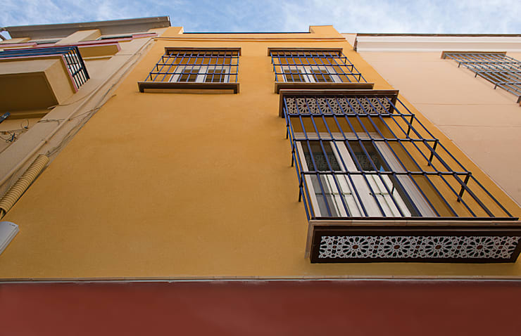 Vivienda unifamiliar en calle Arrayán, Sevilla: Hogar de estilo  de Ardes Arquitectos