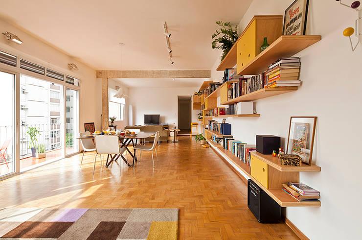 Comedores de estilo ecléctico por Zoom Urbanismo Arquitetura e Design
