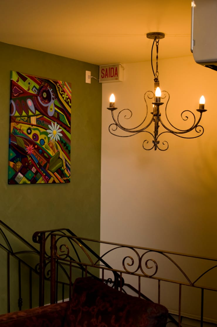 Couloir et hall d'entrée de style  par Ferraro Habitat, Minimaliste