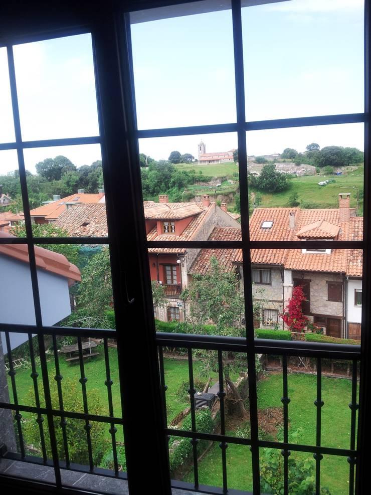 Unifamiliar en Llanes, Asturias: Casas de estilo  de JARQUE ALONSO ARQUITECTOS
