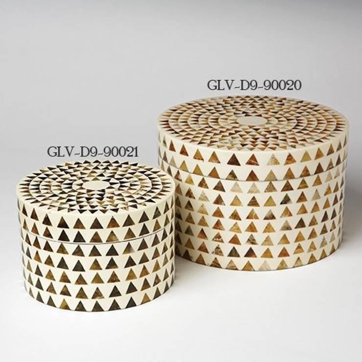 Dreieck Streifen Box-Rund by Global Views:  Haushalt von Sweets & Spices Dekoration und Möbel