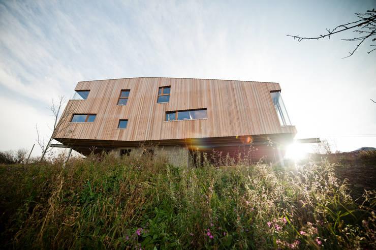 Casas de estilo  de Atelier Architecture Daniel Delgoffe