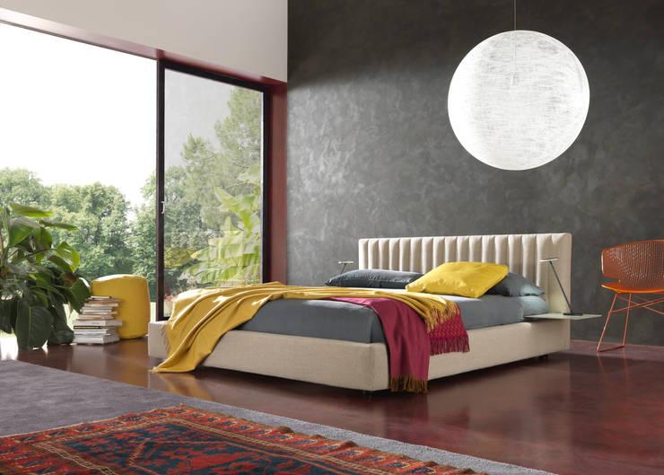 MAISON: Camera da letto in stile  di Bolzanletti,