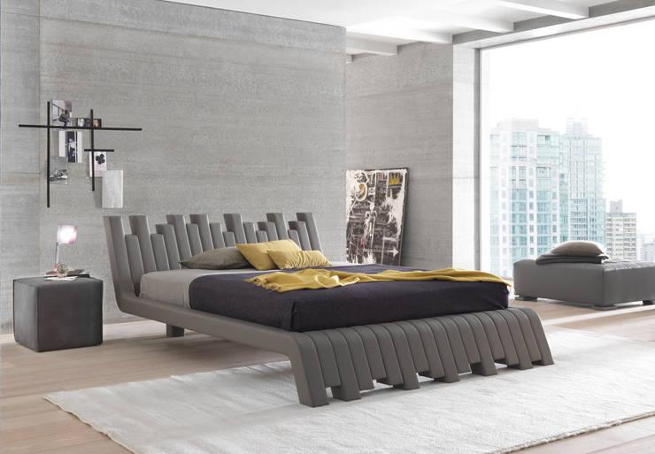 CUBED: Camera da letto in stile  di Bolzanletti,