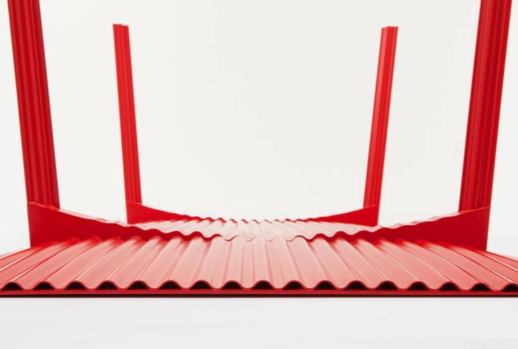 Ripple 2 – Furniture von Benjamin Hubert