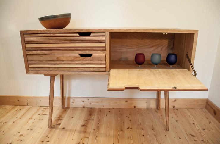 Commode Lumen : Salon de style  par Lenka créations