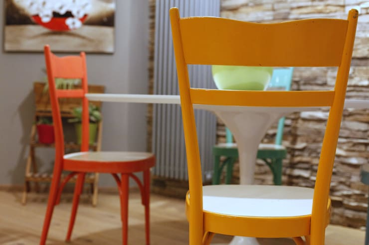 dettaglio sedute: Case in stile  di Architetto Monica Becchio, Moderno