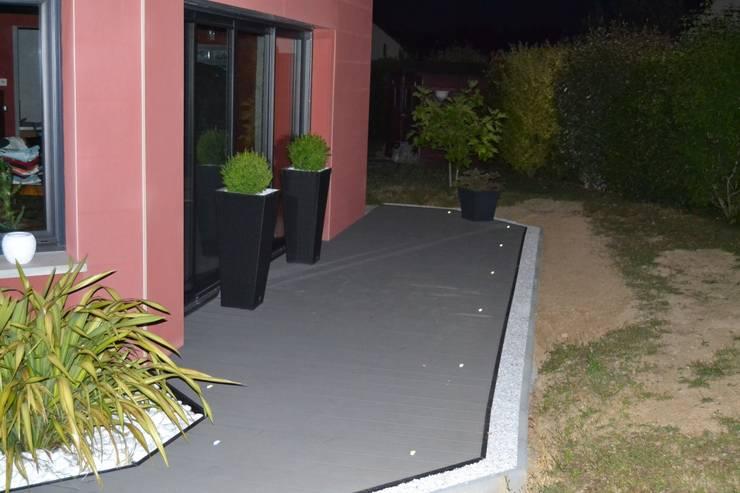 Zone terrasse: Jardin de style de style Moderne par EURL OLIVIER DUBOIS