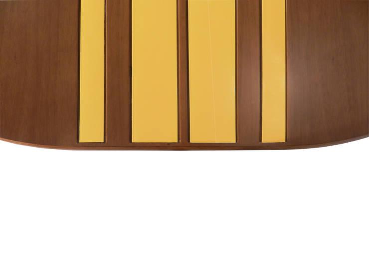 mesa Board: Sala de jantar  por NS|Studio