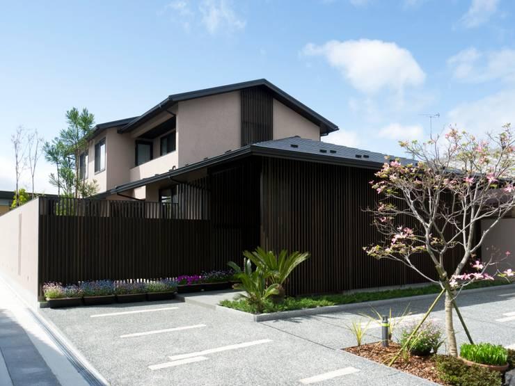 外観2:       古津真一 翔設計工房一級建築士事務所が手掛けた家です。,モダン