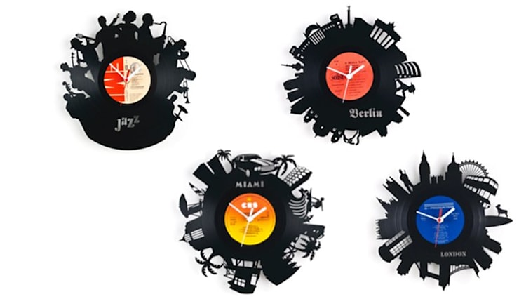 Vinyl Wall Clocks - handcrafted design made out of real Record LP Discs: industrial Living room by Vintagist.com