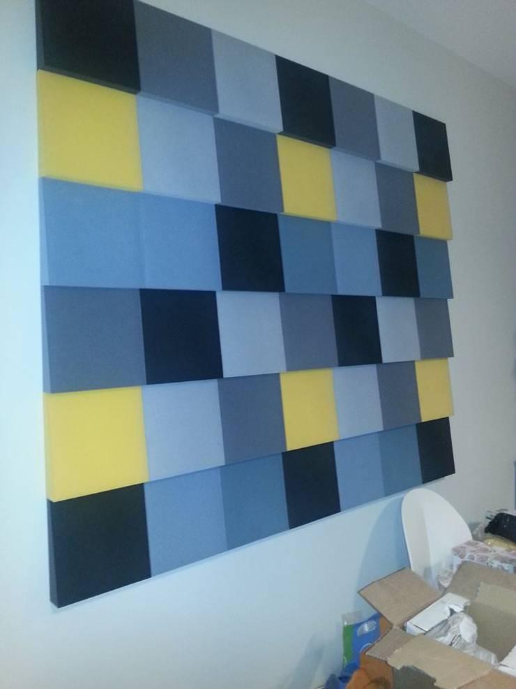 Ściana z panelami Fluffo Cubic - detal: styl , w kategorii Salon zaprojektowany przez FLUFFO fabryka miękkich ścian