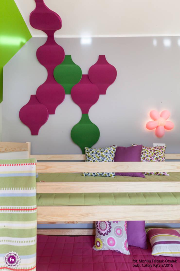 Pokój dzewczynki z akcentem Fluffo Flow 2.0 - detal: styl , w kategorii Pokój dziecięcy zaprojektowany przez FLUFFO fabryka miękkich ścian