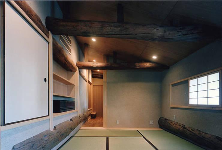 タイトルを入れてください: MOW Architect & Associatesが手掛けた和室です。