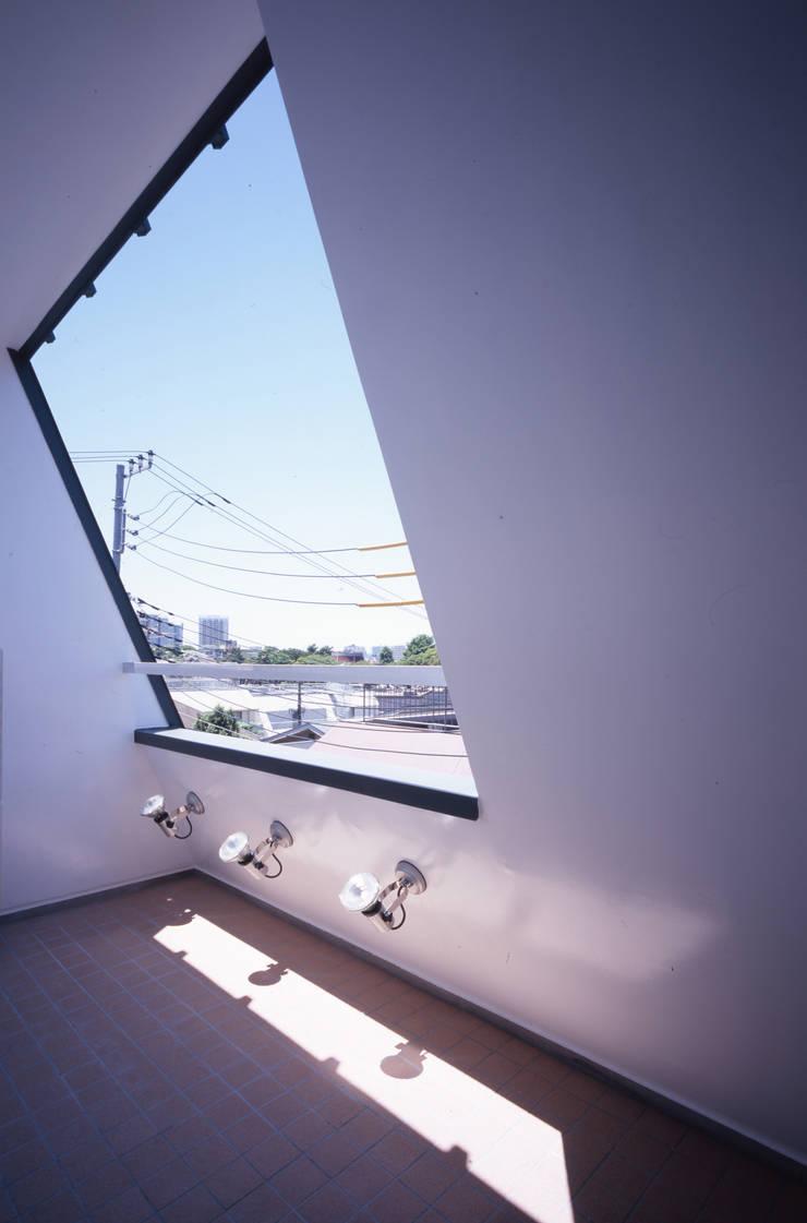 3階テラスからの眺め: 北川裕記建築設計が手掛けたテラス・ベランダです。