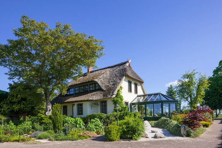 Serre door Masson-Wawer Wintergarten GmbH