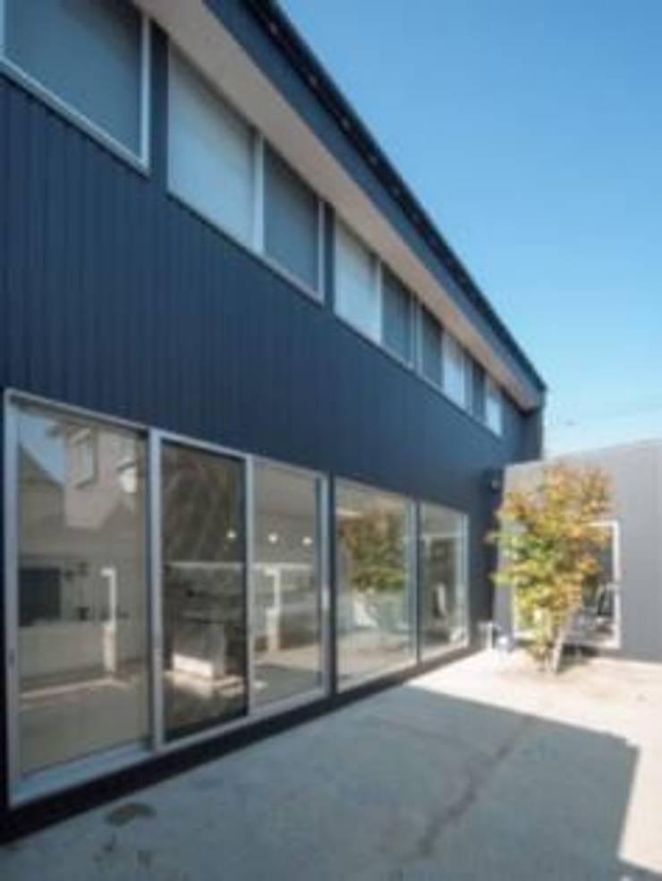 Casas modernas por A-box設計室 Moderno