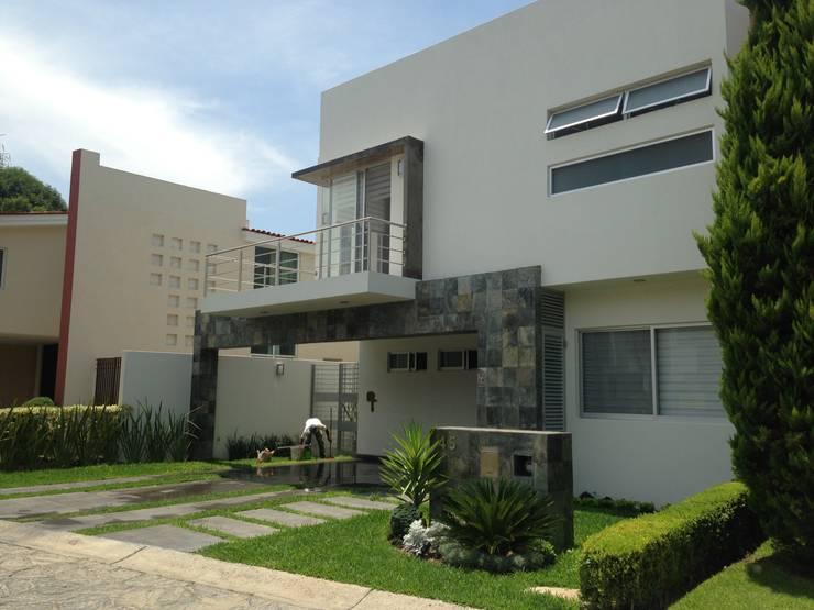 Valle Real: Casas de estilo  por Arki3d