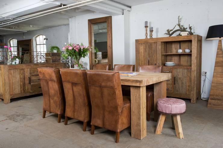 Comedores de estilo colonial por Teak & Wood