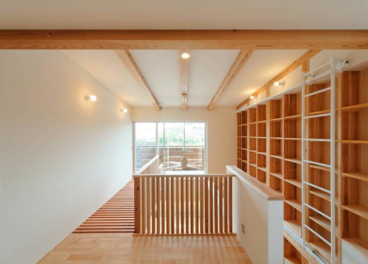 アスレチックハウス: matsuoが手掛けた廊下 & 玄関です。