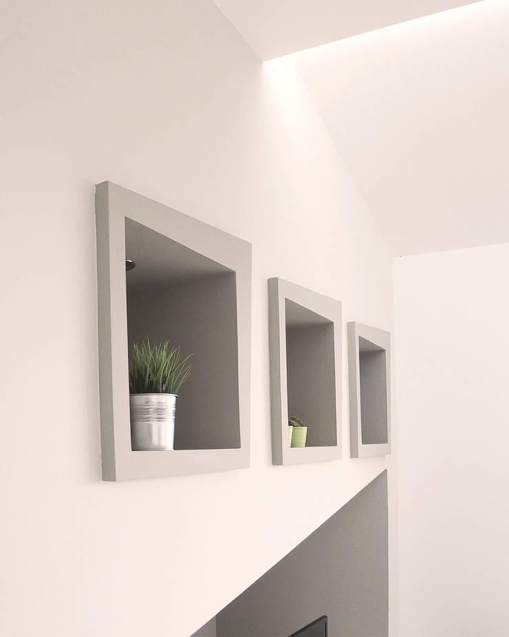 Dettaglio angolo multimedia: Case in stile  di STUDIO LAR, Moderno