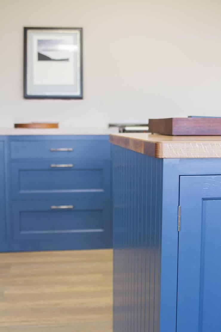 Stiffkey Blue Bespoke Kitchen:  Kitchen by NAKED Kitchens